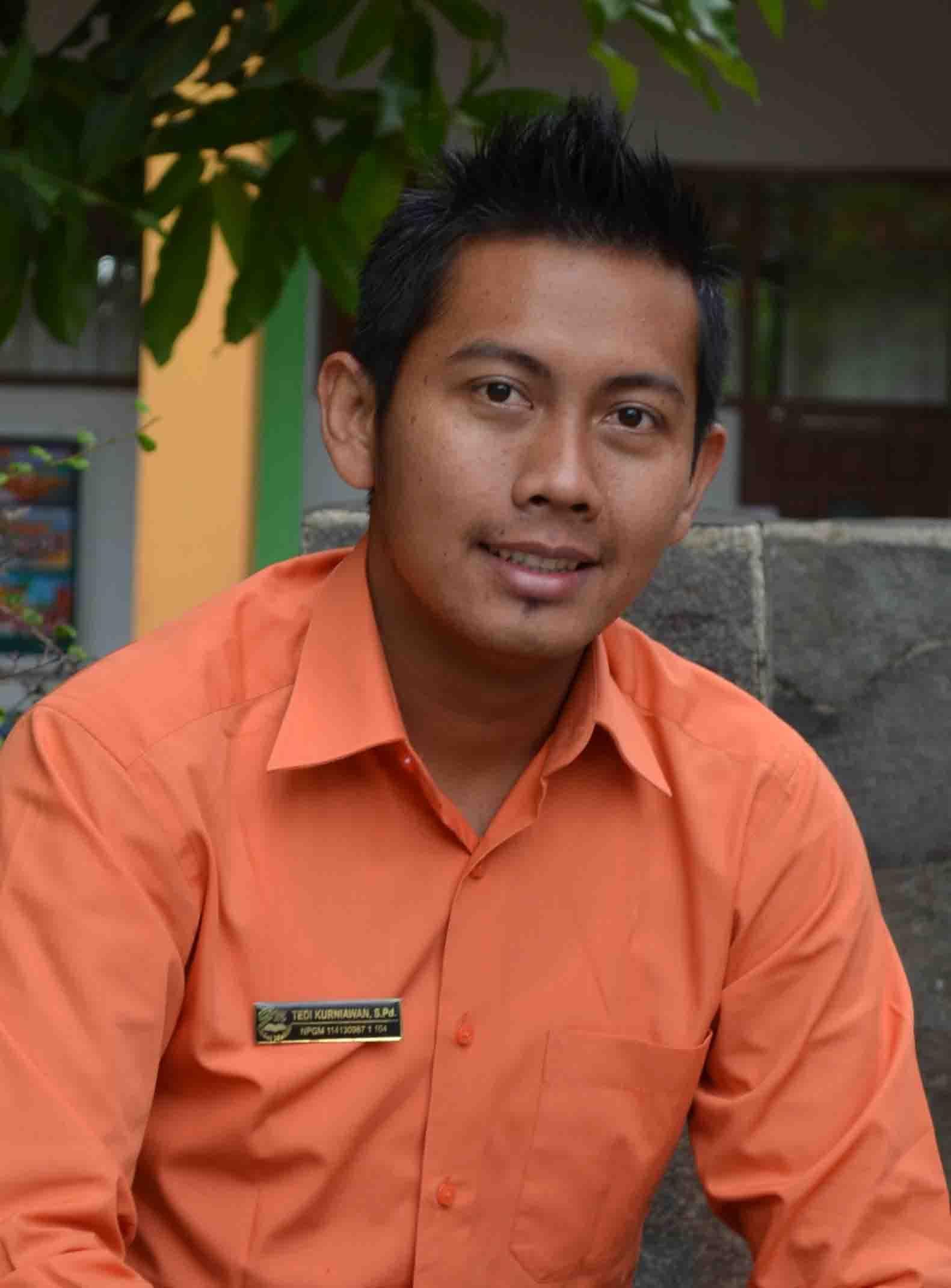 Tedi Kurniawan, S.Pd.