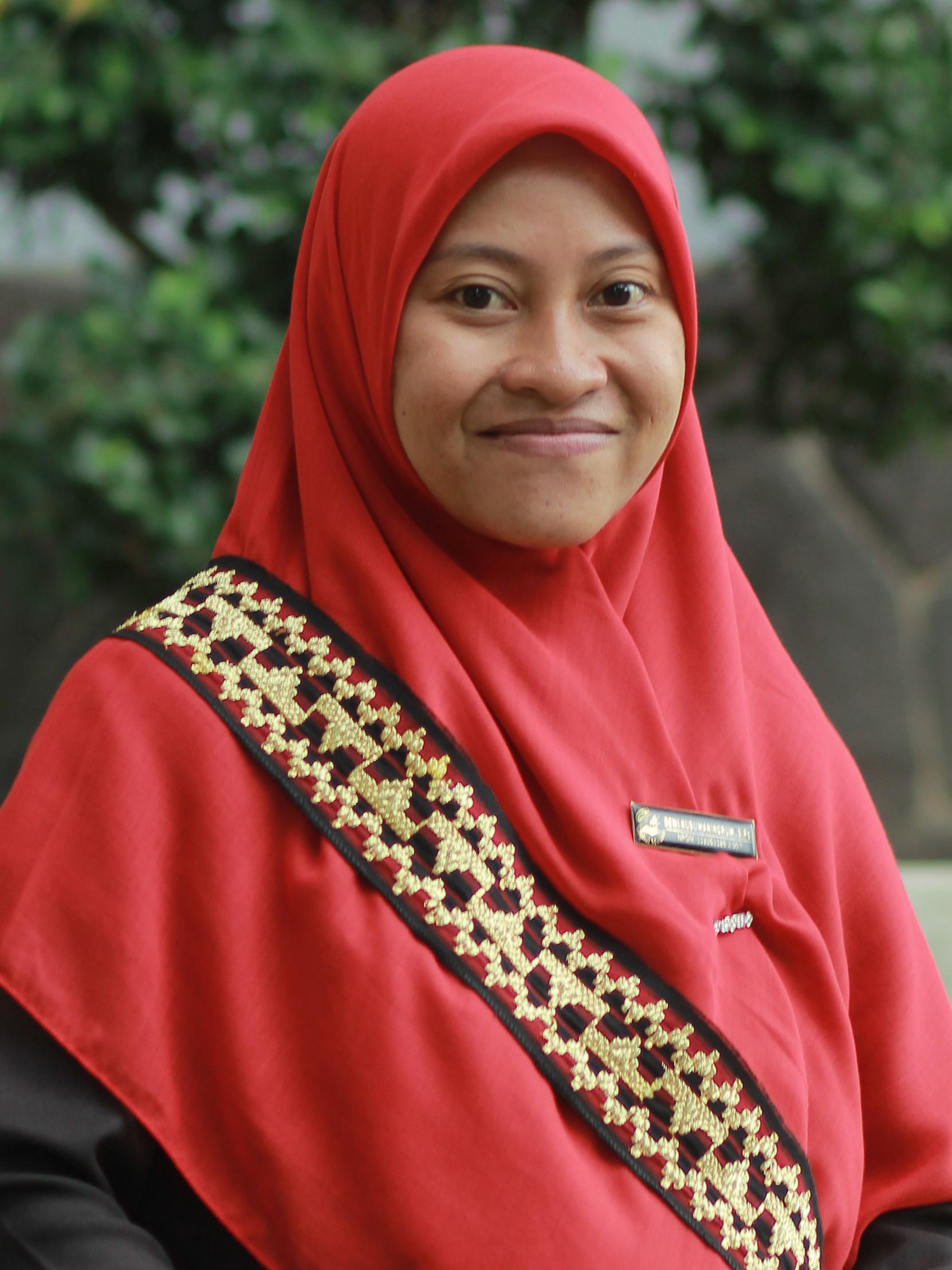 Dewi Kusumaningrum, S.Pd.