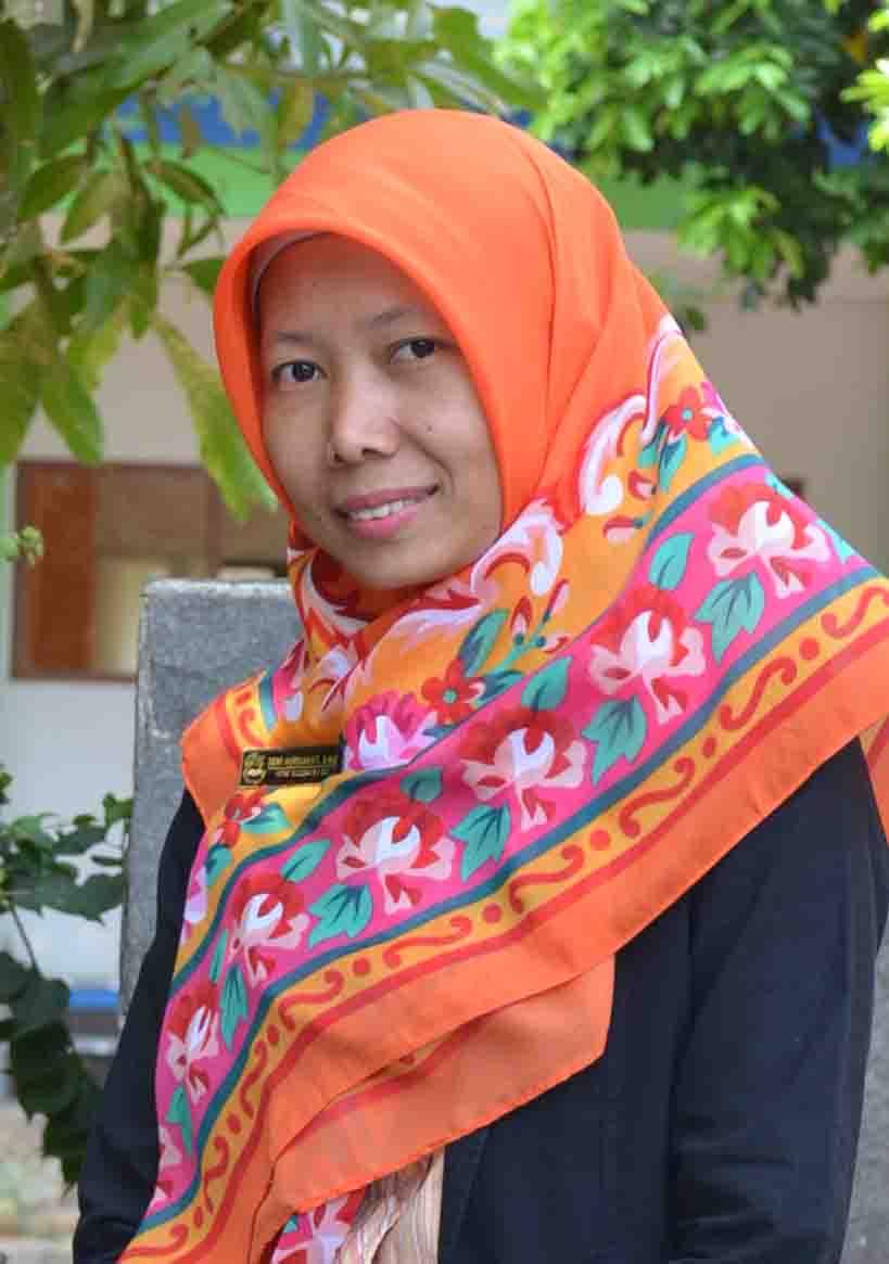 Dewi Murdiawati, S.Hut.
