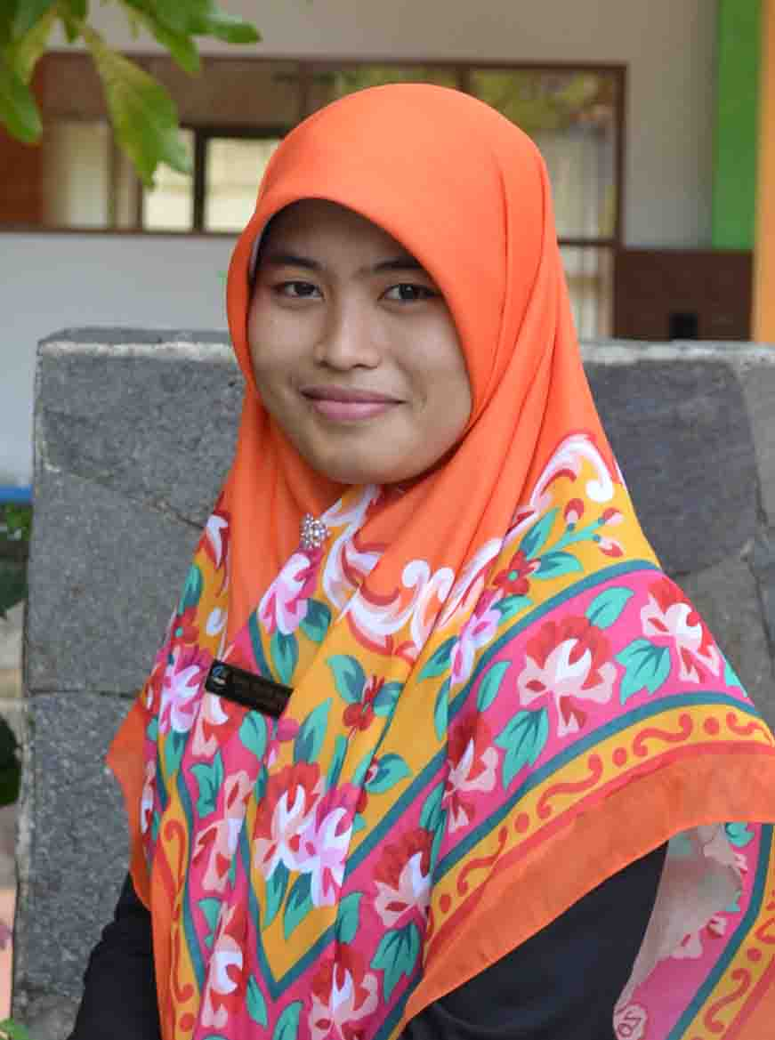 Nurul Hidayati Muchson, S.Pd.I.