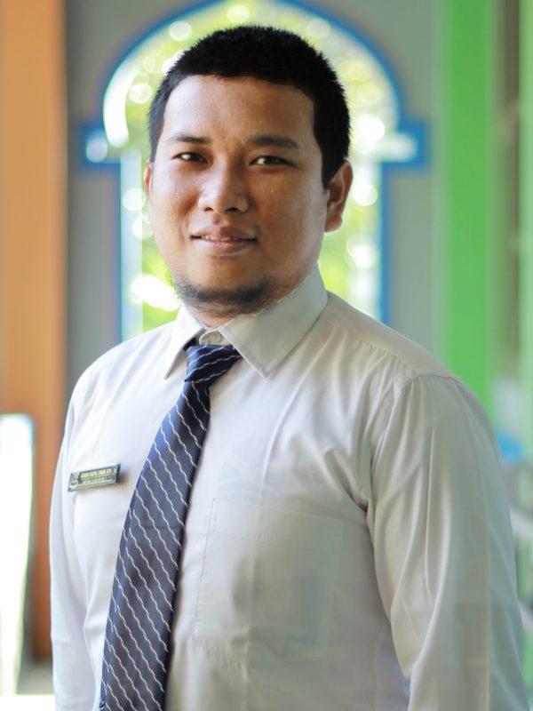 Ahmad Naufal Umam, S.Pd., Gr.